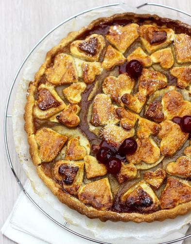 Tarte à la compote de pommes et confiture