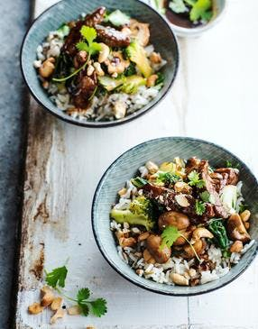Riz au boeuf, champignons et noix de cajou