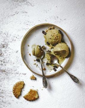 Glace pistache aux pépites de chocolat