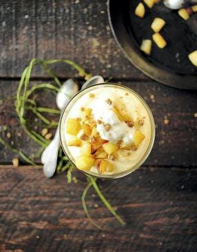 Mousse au lait de poule et pommes caramélisées