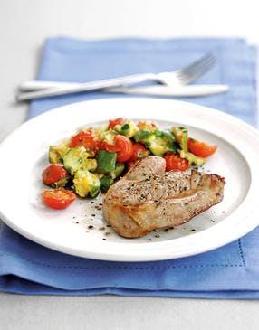 Gigot grillé et provençale de légumes