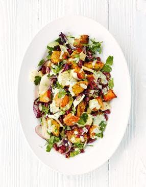 Salade de poulet et courge butternut à l'indienne