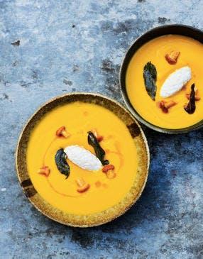 Velouté de potiron et crème d'anguille