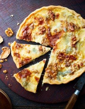 Quiche au gorgonzola et aux noix