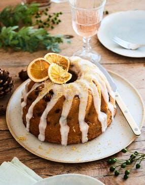 Cake XL « façon kouglof » aux citrons et raisins