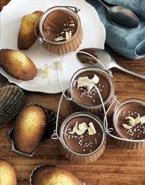 Crème au chocolat et madeleines au miel d'orange