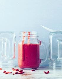 Smoothie aux fruits rouges