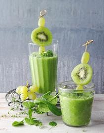 Smoothie au raisin, kiwi et chou kale