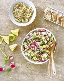 Salade de quinoa au tofu, avocat et radis