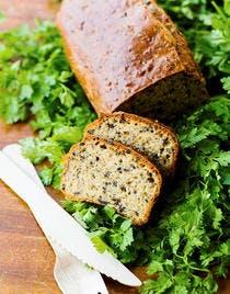 Cake au pastis et aux olives