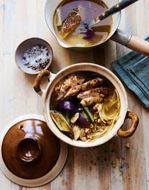 Spaghettis au bouillon de poulet rôti et légumes grillés