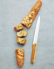 Baguette farcie au saumon