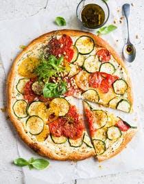 Tarte à la courgette, ricotta et tomates