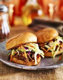 Hamburger au boeuf et au cheddar