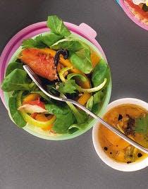 Mâche au crabe et à la vinaigrette de mangue