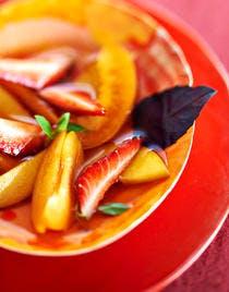 Salade de fruits au basilic