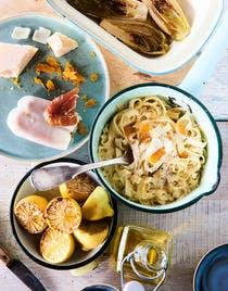 Pâtes aux citrons rôtis, endives grillées & poutargue
