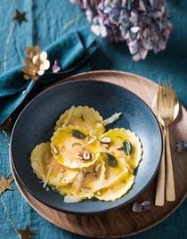 Raviolis à la courge et beurre de sauge