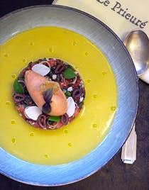 Tomate noire de Crimée en tartare parfumé aux olives, citron et basilic, eau et sorbet tomate