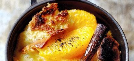 Gratin d'orange vanillé à la brioche