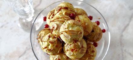 Mini pièce montée pistaches-groseilles