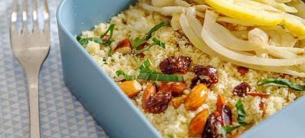 Semoule au fenouil, fruits secs et graines, huile de printemps