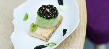 Esturgeon, mousseline de pommes de terre & caviar