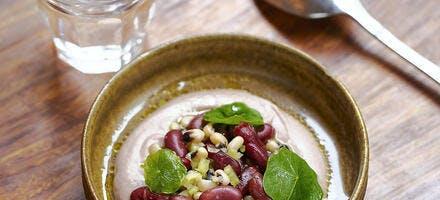 Salade de cornilles et haricots rouges au céléri-branche