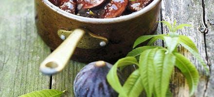 Compotée de figues au miel, vinaigre balsamique et verveine-citron