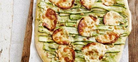 Pizza scamorza et courgettes