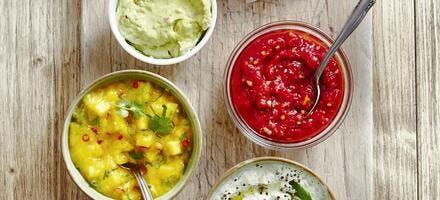 Dips et sauces variées pour l'apéritif