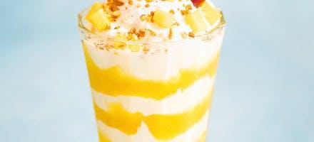 Verrines mangue et yaourt crémeux