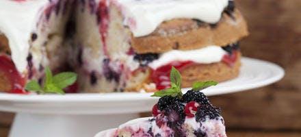 Gâteau aux fruits rouges et sirop d'érable