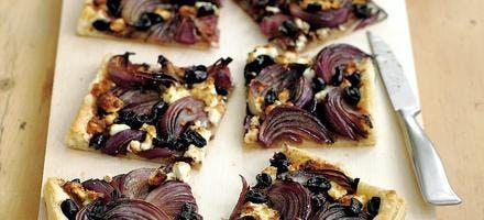 tarte feuilletée aux oignons rouges