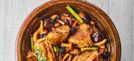 Tajine de poulet, champignons et céleri