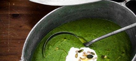 Soupe de poireaux et de mâche aux graines