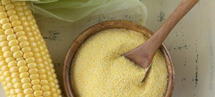 Cannelés caramélisés de polenta aux morilles fraîches