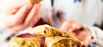 Samosas au canard, poivron, fruits secs et épices