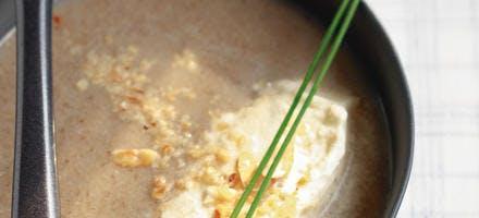 Cappuccino forestier, crème fouettée aux noisettes