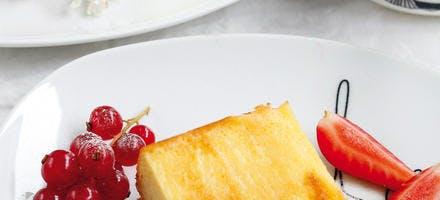 Fiadone et confit de fruits rouges