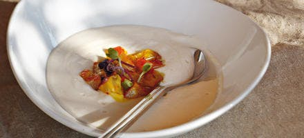 Velouté de radis noir au safran et au haddock