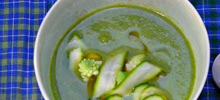 Crème d'asperges vertes aux légumes