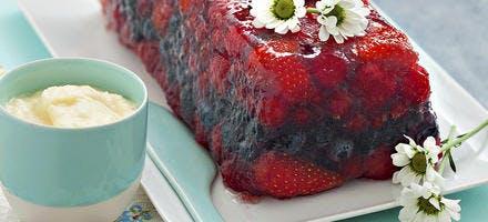 Terrine de fruits rouges à la menthe et crème mascarpone citronnée