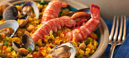 Paella de quinoa au bouillon safrané
