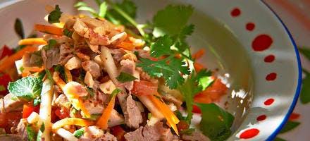 Salade de porc grillé au dolique