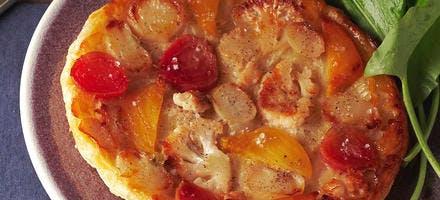 Tatin aux légumes et salade d'oseille