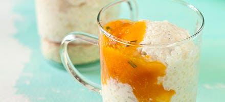 Croustillant de glace au tapioca et compotée d'abricots