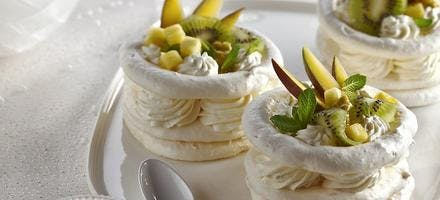 Pavlovas aux fruits tropicaux