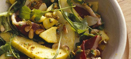 Salade de magret fumé aux deux poires