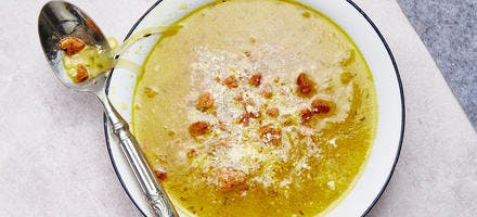 Soupe à l'oignon, au parmesan et spéculoos